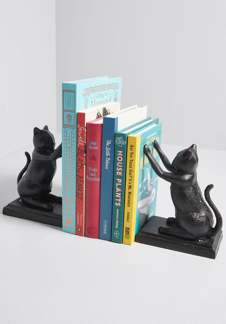 10102611_paws_for_a_moment_cast_iron_bookends_black_MAIN